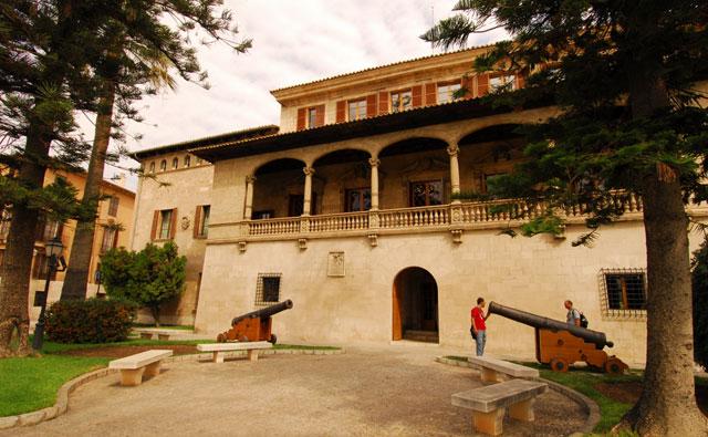 Consulado de Mar de Mallorca. Extraída de: Baleareslive
